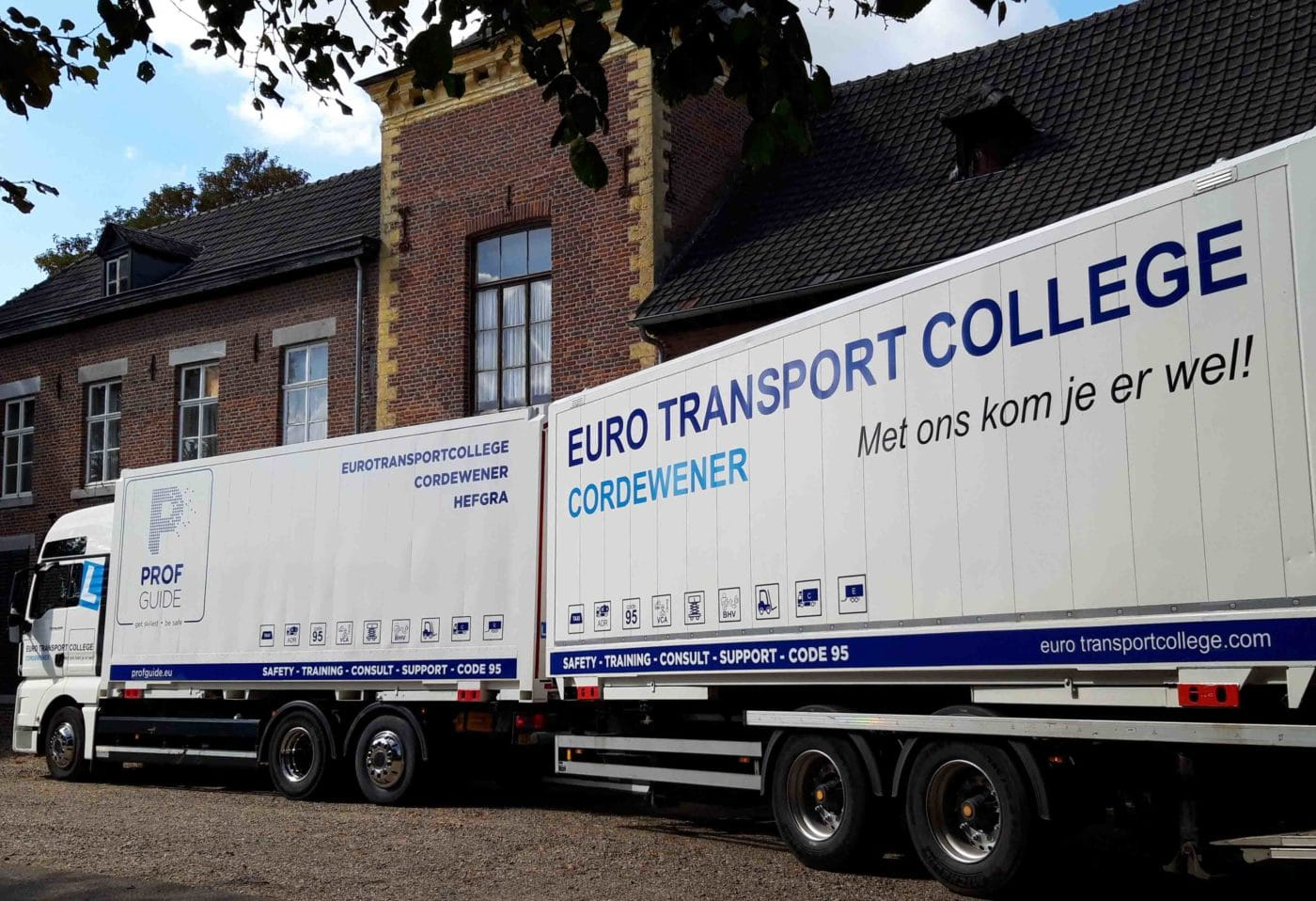 Vrachtauto-aanhanger-Maastricht-CE